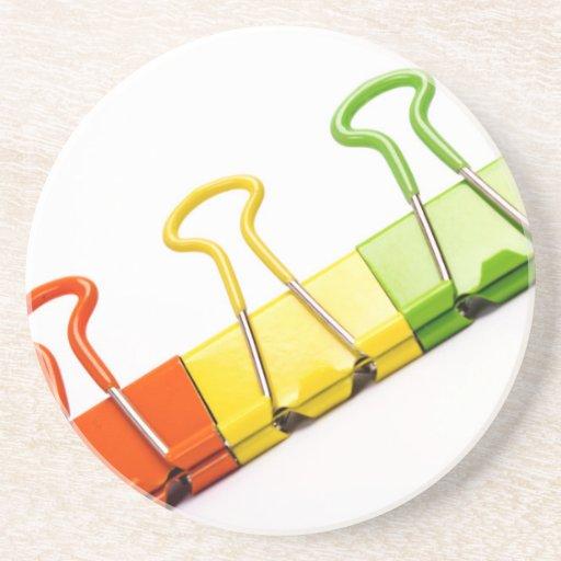 clips coloridos de la diversión posavasos cerveza