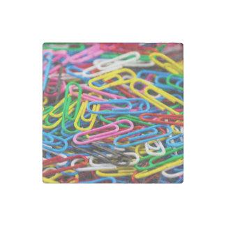 Clips de papel coloridos imán de piedra