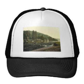 Cliveden Woods, from ferry, London and suburbs, En Trucker Hat