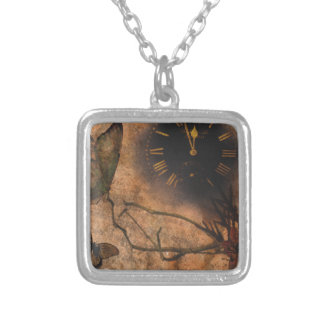 clock-884-eop silver plated necklace