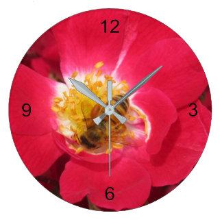 Clock - Busy Bee