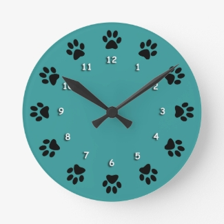 Clock - Cat Paws with numerals