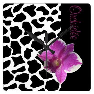 Clock Giraffe/Orchis