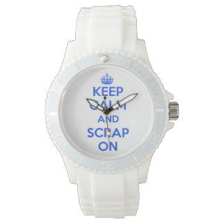 Clock Keep Calm and Scrap On azulón Wristwatch