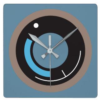 Clock of Wall geometric Details