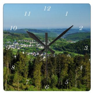 Clock winner country Hainchener height