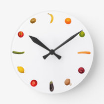 Clock with vegetables and fruits