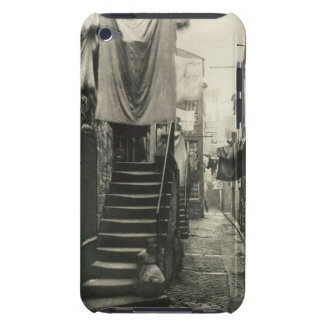 Close no. 193, 17-27 High Street, Glasgow, from 'O Barely There iPod Case