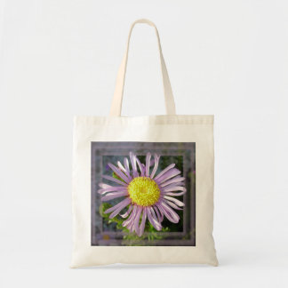 Close Up Lilac Aster With Bright Yellow Centre Tote Bag