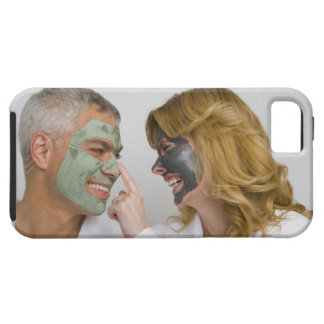 Close-up of a mature couple wearing facial masks iPhone SE/5/5s case
