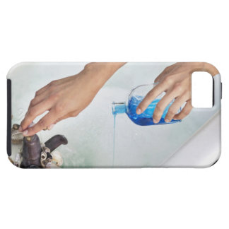 Close-up of a woman's hand pouring aromatherapy iPhone SE/5/5s case