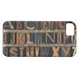 Close up of alphabet on letterpress 2 iPhone SE/5/5s case