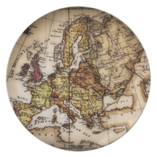 Close up of antique world map 2 dinner plate