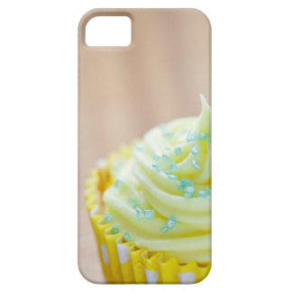 Close up of cup cake showing decoration iPhone SE/5/5s case
