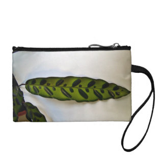 Close-up of dark green leaf coin purse