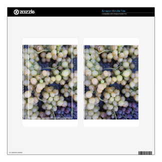 Close-up of ripe grapes in box decal for kindle fire