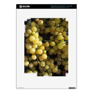 Close-up of ripe grapes in box skin for iPad 3