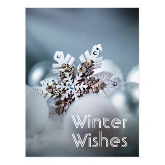 Close up of snowflake Christmas ornament Postcard