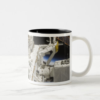 Close-up view of components Two-Tone coffee mug