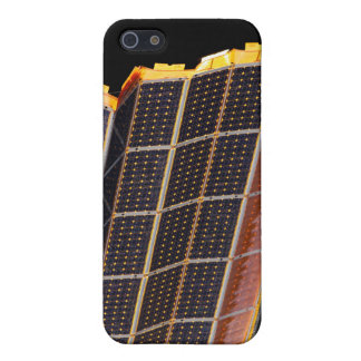 Close-up view of the solar arrays cover for iPhone SE/5/5s
