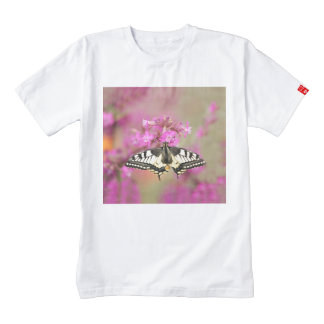 Closeup dovetail butterfly on lilac flower zazzle HEART T-Shirt