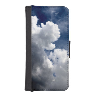 CLOUDS BUILDING iPhone 5 WALLETS