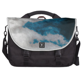 Clouds changing bags for laptop