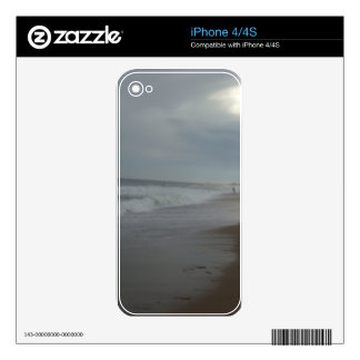 Cloudy Beach Day Decal For The iPhone 4S