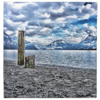 Cloudy day at lake lucerne servilletas