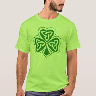 "Clover front w/ Gaelic ""Tada gan iarracht"" back T-Shirt"