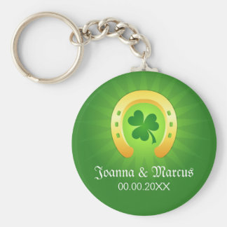 Clover golden horse St Patrick's day wedding favor Basic Round Button Keychain