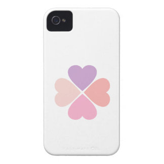 Clover of love of hearts by day of San Valentin iPhone 4 Cover