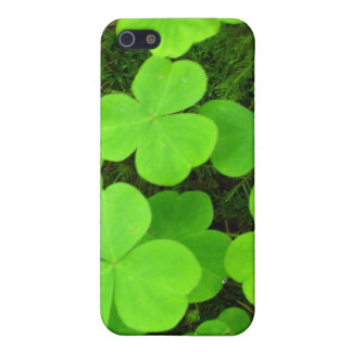 Clover Patch iPhone SE/5/5s Cover