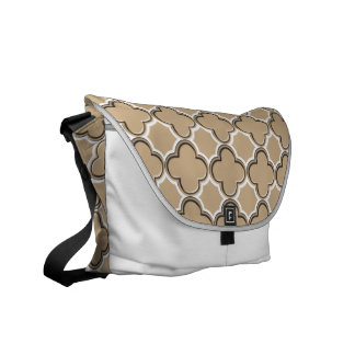 Clover Pattern 2 Sand Courier Bag