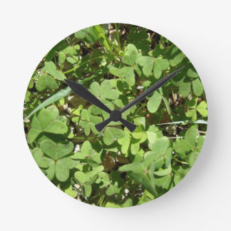 Clover Round Clock
