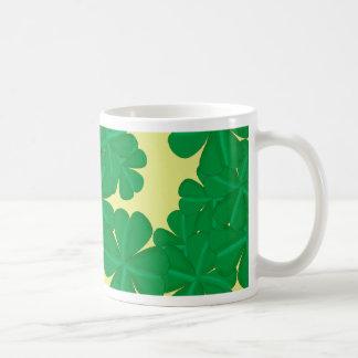 Clover sheet four-leaf talismans coffee mug