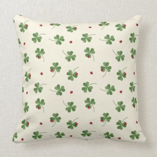 Clovers and ladybugs pattern throw pillow