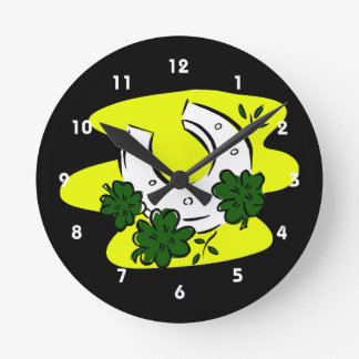 clovers horseshoe saint pat day design.png round wall clocks