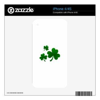 Clovers iPhone 4 Skin