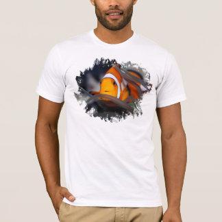 Clown-fish in anemone T-Shirt