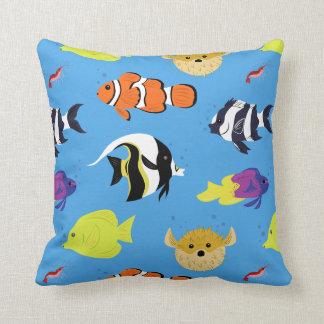 Clownfish y amigos cojín