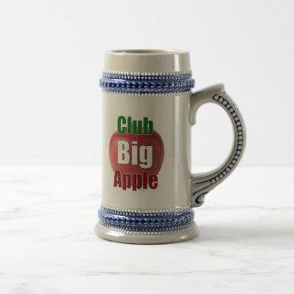 Club Big Apple Stein 18 Oz Beer Stein
