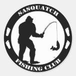 Club de la pesca de Sasquatch Pegatina Redonda