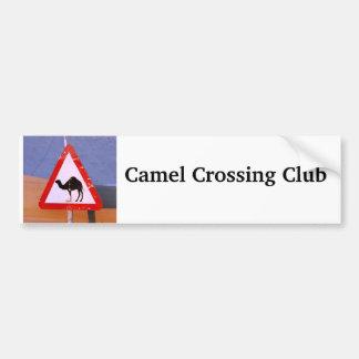 Club de la travesía del camello etiqueta de parachoque