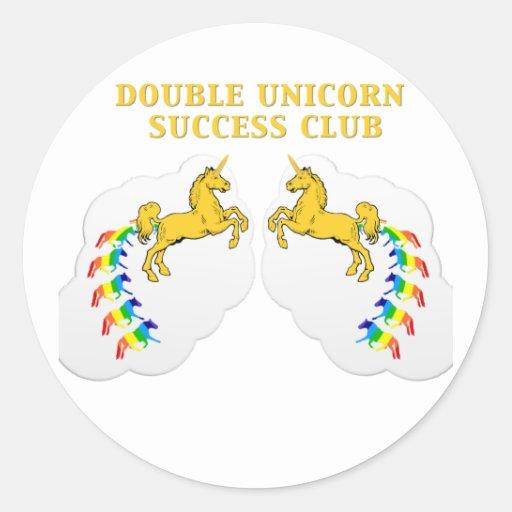 Club doble del éxito del unicornio etiqueta redonda