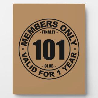 Club finalmente 101 placas de madera