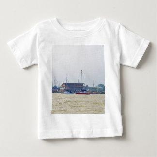 Club náutico de Erith Tshirts