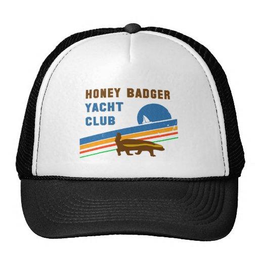 club náutico del tejón de miel gorros