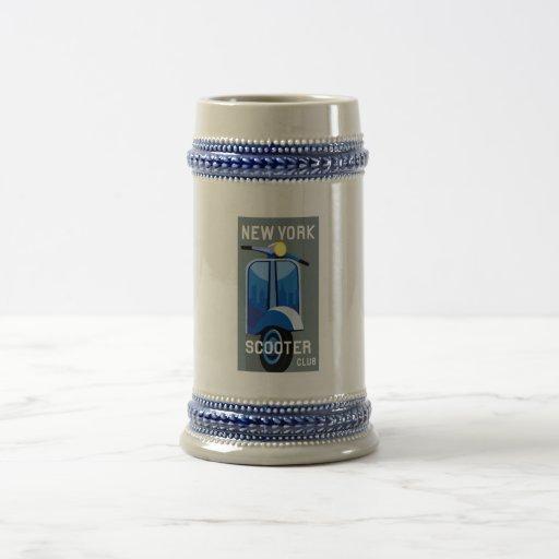 Club Stein de la vespa de Nueva York Jarra De Cerveza