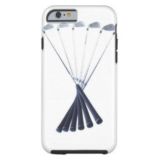 Clubs de golf en el fondo blanco funda resistente iPhone 6